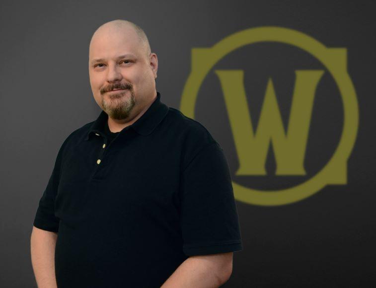 Steve Danuser, diseñador de narrativa líder.